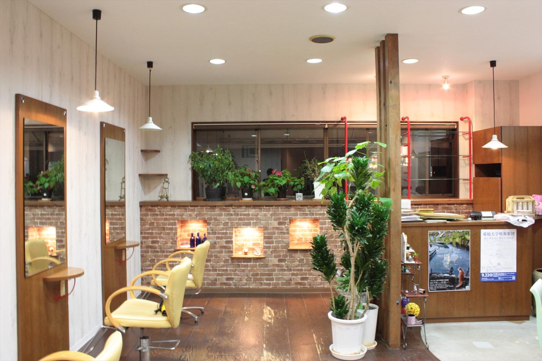 松山市 美容院:Luci hair clubのサムネイル